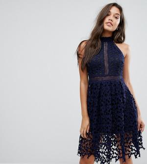 Love Triangle Кружевное платье для выпускного. Цвет: темно-синий