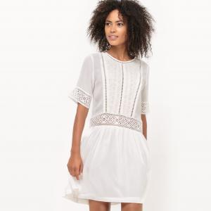 Платье короткое, с короткими рукавами, однотонное SUNCOO. Цвет: экрю