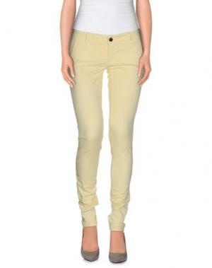 Повседневные брюки CAMOUFLAGE AR AND J.. Цвет: светло-желтый