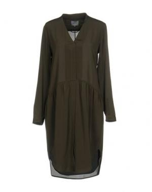 Короткое платье MAIYET. Цвет: зеленый-милитари