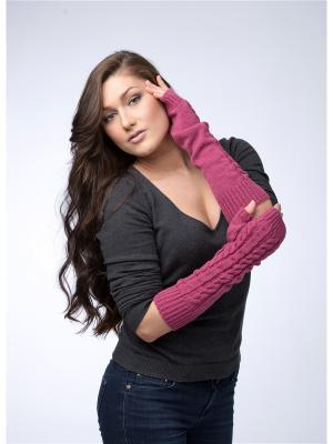 Митенки с косами Varmara. Цвет: розовый