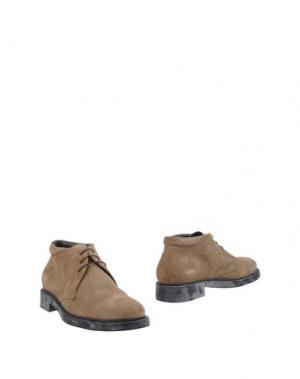 Полусапоги и высокие ботинки BRUNO VERRI. Цвет: хаки