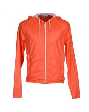 Куртка PANTONE UNIVERSE by SONIA SPENCER. Цвет: красный