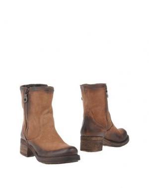 Полусапоги и высокие ботинки GIACKO. Цвет: верблюжий