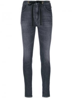 Облегающие джинсы The Seafarer. Цвет: серый