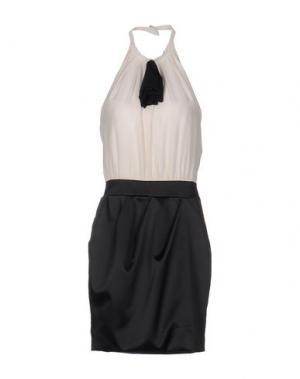 Платье до колена SHI 4. Цвет: слоновая кость