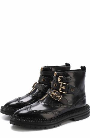 Кожаные ботинки с ремешками и брогированием Burberry. Цвет: черный