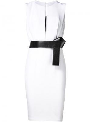 Платье с кожаным поясом Kaufmanfranco. Цвет: белый
