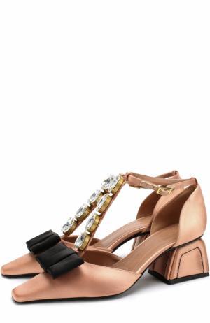 Атласные туфли с бантом и кристаллами Marni. Цвет: бежевый