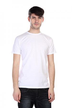 Футболка  O.g.t.c. White Independent. Цвет: белый