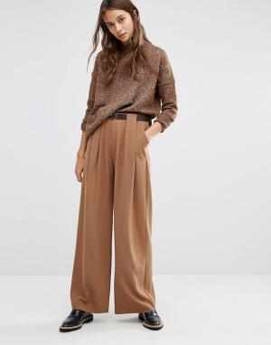 Paisie Брюки с широкими штанинами, складками и кожаным ремнем. Цвет: рыжий