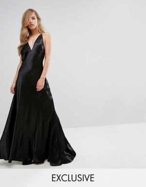 Fame and Partners Платье макси металлик Premium. Цвет: черный