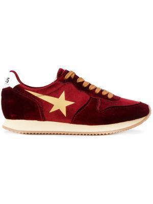 Running sneakers Golden Goose Deluxe Brand. Цвет: красный