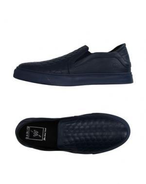 Низкие кеды и кроссовки W DABLIU. Цвет: синий