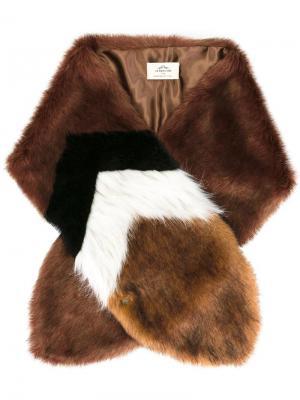 Меховой шарф Urbancode. Цвет: коричневый