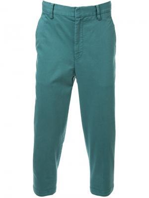 Зауженные к низу укороченные брюки-чинос Cityshop. Цвет: зелёный