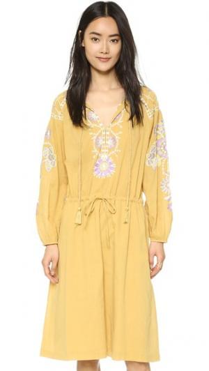 Платье Danah Antik Batik. Цвет: верблюжий