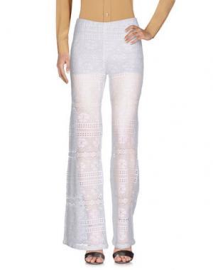 Повседневные брюки TEMPTATION. Цвет: белый