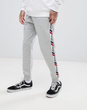 Wrangler Джоггеры с полосками по бокам в стиле ретро. Цвет: серый