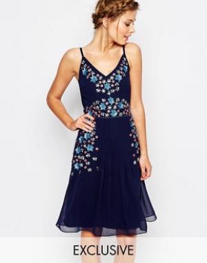 Frock and Frill Платье миди с отделкой и бретельками. Цвет: темно-синий
