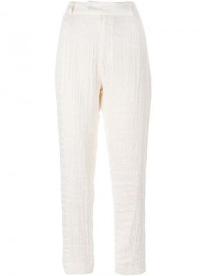 Зауженные брюки со складками 1205. Цвет: телесный
