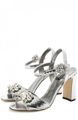 Босоножки Keira из фактурной кожи с кристаллами Dolce & Gabbana. Цвет: серебряный