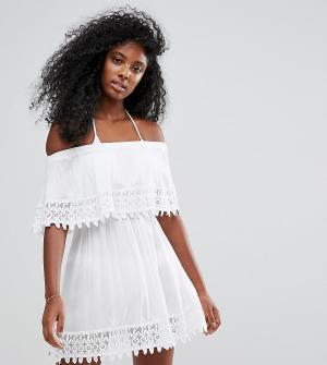 Akasa Пляжное платье с оборками из кроше. Цвет: белый