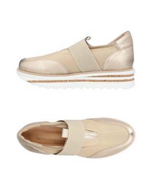 Низкие кеды и кроссовки LAURA BELLARIVA. Цвет: платиновый