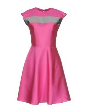 Короткое платье MALAICA. Цвет: фуксия