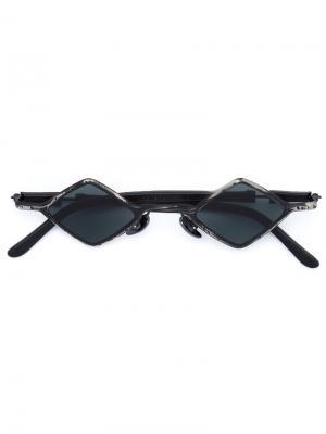 Солнцезащитные очки в квадратной оправе Kuboraum. Цвет: чёрный