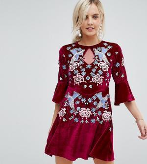 Frock and Frill Petite Бархатное короткое приталенное платье с отделкой Petit. Цвет: красный