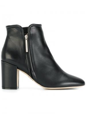Ботинки на каблуке Rodo. Цвет: чёрный