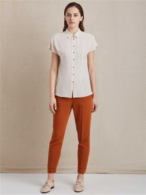 Блуза женская Charuel. Цвет: бежевый