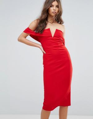 Parisian Платье-футляр с открытыми плечами. Цвет: красный