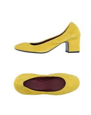 Туфли AVRIL GAU. Цвет: желтый