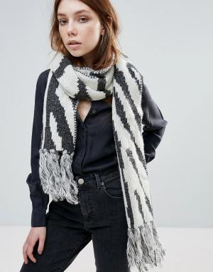 Eugenia Kim Шарф с принтом зебра серого и кремового цветов Genie By Li. Цвет: серый