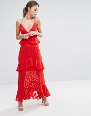 Dark Pink Платье макси с выжженным узором листьев и оборками. Цвет: красный