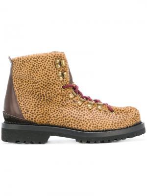 Ботинки с леопардовым принтом Buttero. Цвет: коричневый