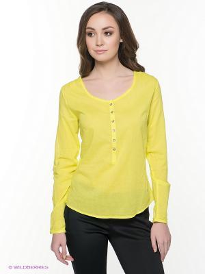 Блузка Luhta. Цвет: желтый