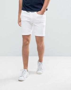 Casual Friday Белые джинсовые шорты. Цвет: белый