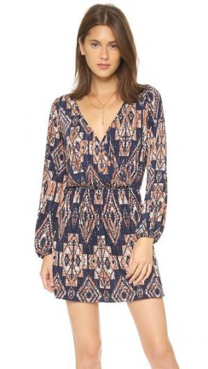 Платье Flirt с узором MISA. Цвет: принт в этническом стиле