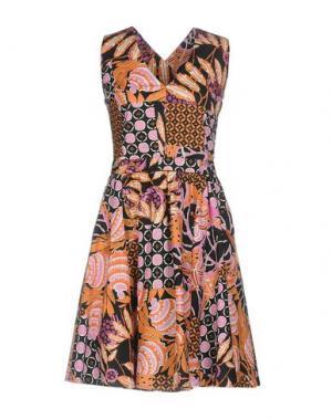 Короткое платье EMMA&GAIA. Цвет: оранжевый