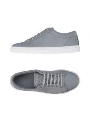 Низкие кеды и кроссовки ETQ AMSTERDAM. Цвет: серый