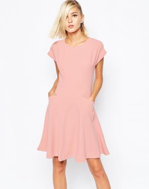 The Laden Showroom Чайное платье с розами X Meekat. Цвет: розовый