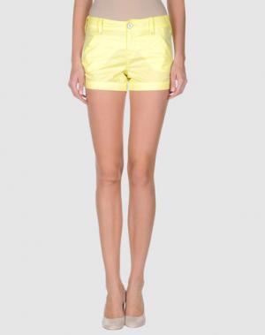 Повседневные шорты FIRETRAP. Цвет: желтый