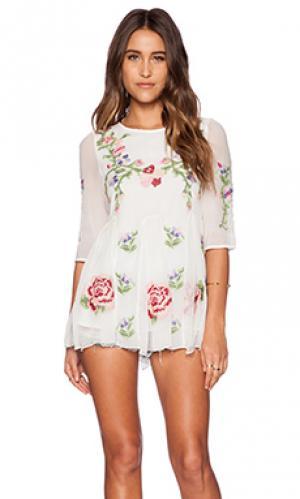 Платье lucita The Allflower Creative. Цвет: белый