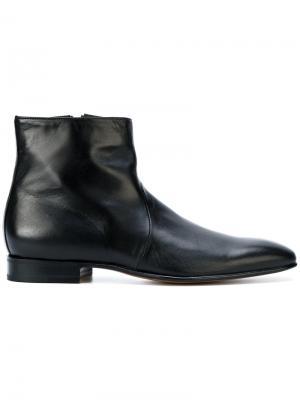 Ботинки по щиколотку Carvil. Цвет: чёрный