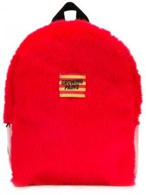 Меховой рюкзак Growing Pains. Цвет: красный