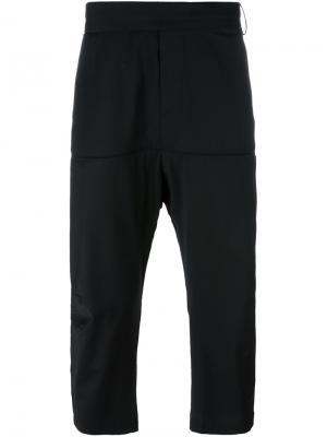 Укороченные брюки Beyond Odeur. Цвет: чёрный