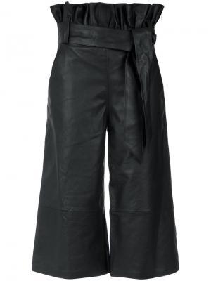 Wide leg cropped trousers Olympiah. Цвет: чёрный
